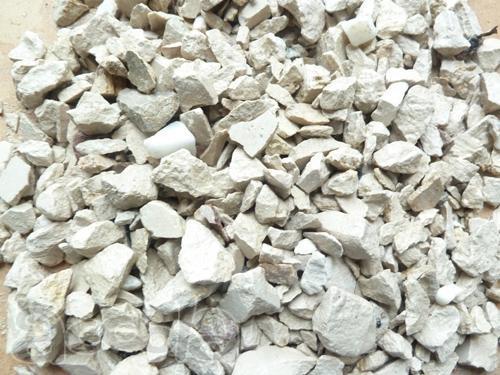 Привезем практически любые сыпучие грузы: песок, щебень, гранитный щебень, отсев, земля, навоз, торф, торфогрунт